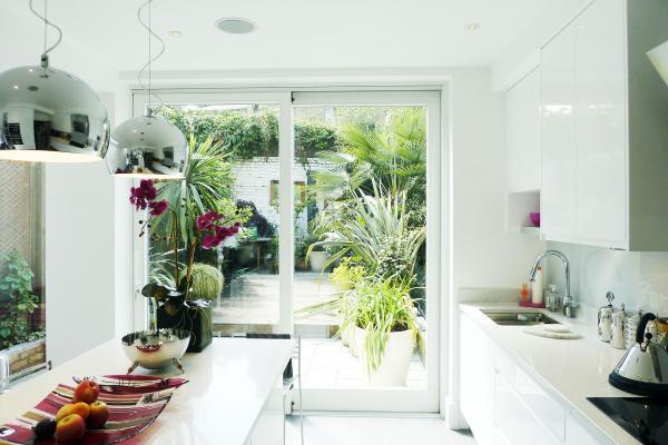 - marchini-architecture.com, - Clapham, - contemporary kitchen, - white kitchen, - kitchen extension, - side extension, romantic garden