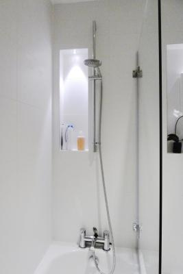 - marchini-architecture.com, - shower detail, - shower shelf, - Putney