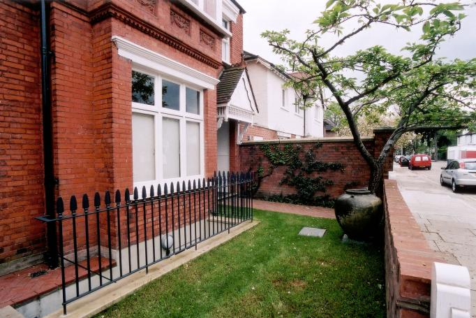 - marchini-architecture.com, - Barnes, - basement lightwell, - basement extension