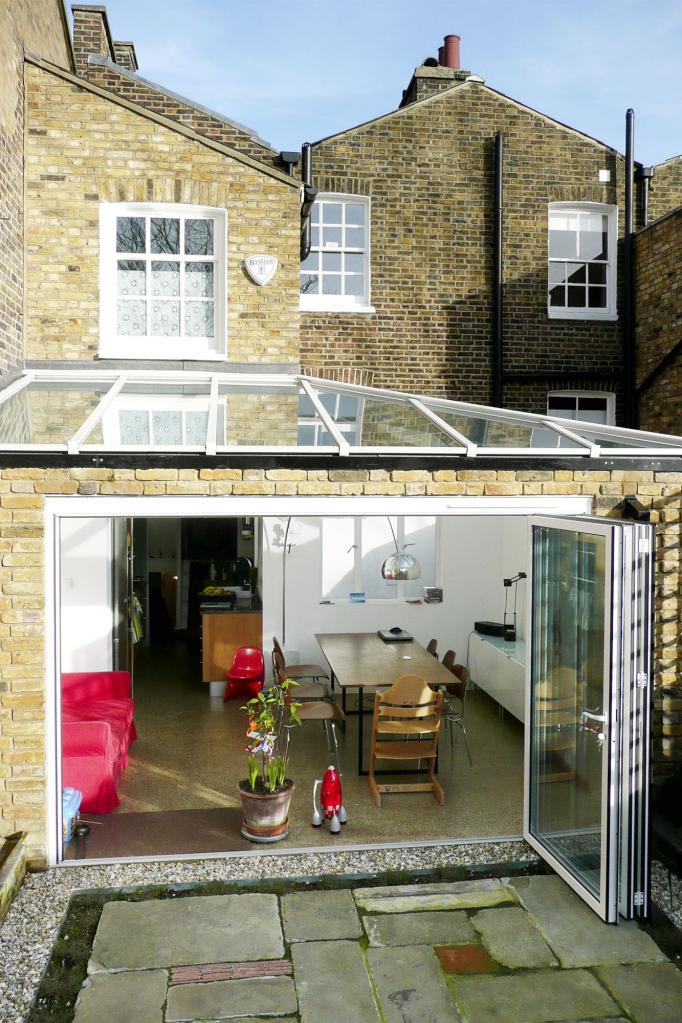 - marchini-architecture.com, - Clapham, - rear extension, - glass roof, - garden room, - sliding folding doors