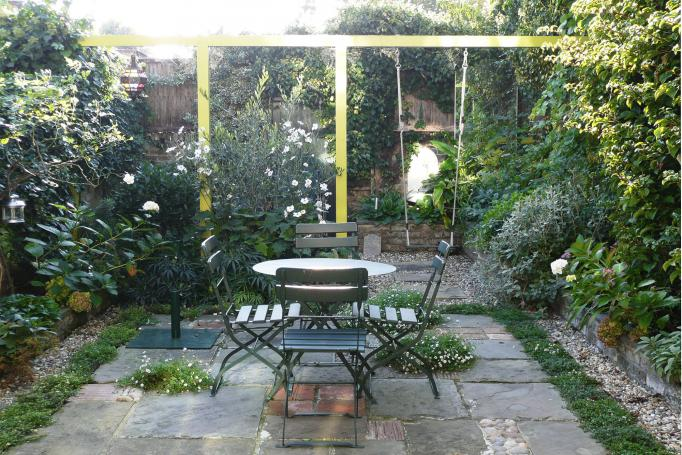 - marchini-architecture.com, - Clapham, - rear extension, - romantic garden, - lush garden, - pergola, -