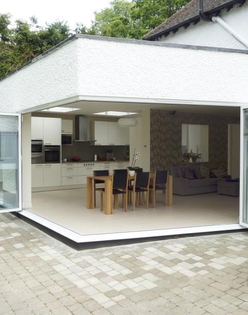 - marchini-architecture.com, - rear extension, - sliding folding doors