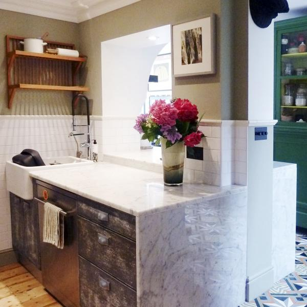 - marchini-architecture.com, - Clapham, - marble kitchen worktop,