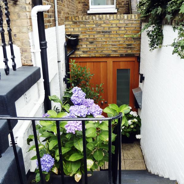 - marchini-architecture.com, - Clapham, - front extension, - contemporary entrance door